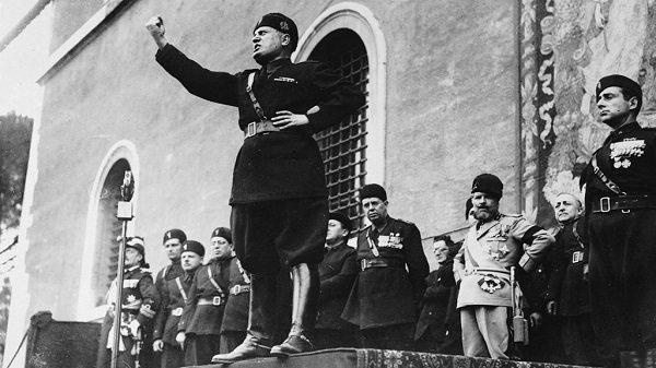Fascismo - Totalitarismo