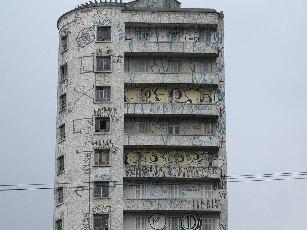 Pichação-prédio